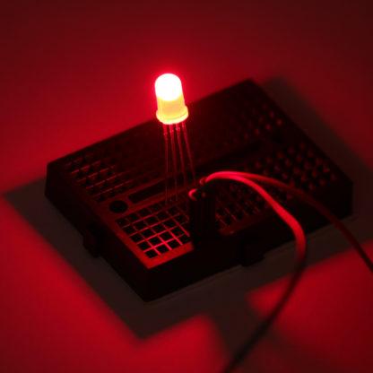 Трехцветный (RGB) светодиод